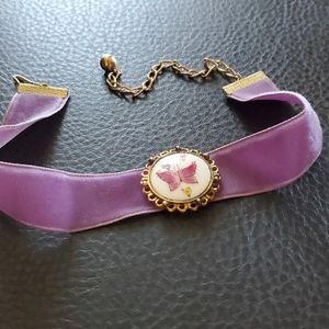 VTG velvet choker necklace